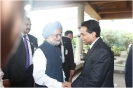 H.E. Indian Prime Minister Manmohan Singh is welcomed by Saman Sarathchandra, Hotel General Manager,