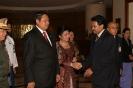 Saman Sarathchandra shakes hand with Madam Kristiani Herawati Susilo Bambang Yudhoyono.