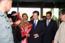H.E Mr. Nguyen Tan Dung, Prime Minister of the Socialist Republic of Vietnam is welcomed by Saman Sarathchandra